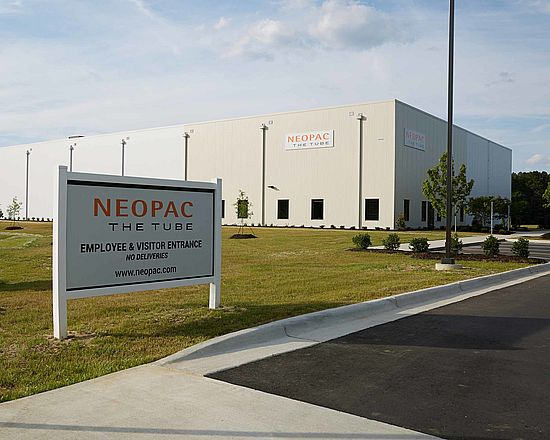 Neopac локализовал собственное производство пластиковых туб в США.